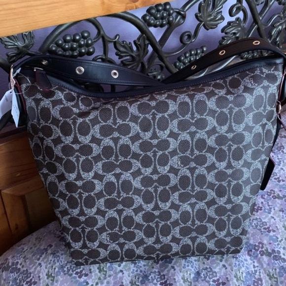 Coach Handbags - Coach tote crossbody bag